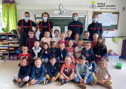 Les pompiers à l'école (Classe de Catherine)