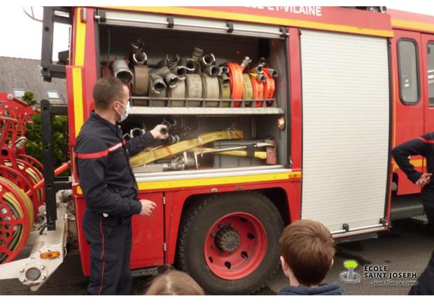 Les pompiers à l'école (Classe de Virginie)